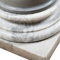 Columna detalle mármol