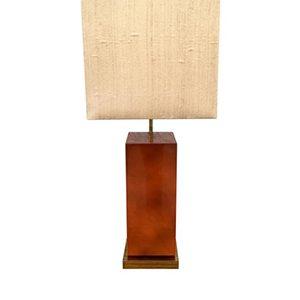 Lámpara lacada